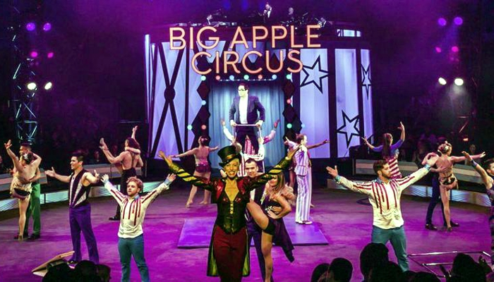 The Big Apple Circus with its one-ring circus, aerial ballet, clowns without makeup, and a mini pig will be coming to the Northshore Mall, despite concerns about traffic and quality of life issues from a few residents.