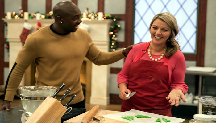 "Aime Pope (who owns The Painted Pastry in Beverly) is confident her cookies look and taste good, and she convinced judges of the Food Network's ""Christmas Cookie Challenge"" of the same, earning her a $10,000 prize."